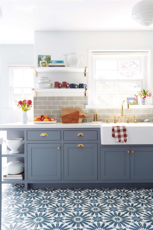 Sắp xếp 1 cách ngăn nắp đồ dùng bếp
